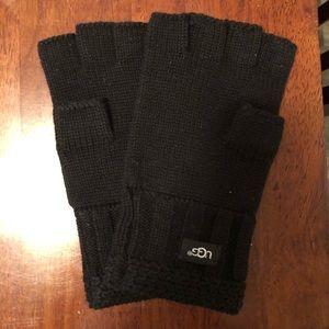 UGG fingerless gloves